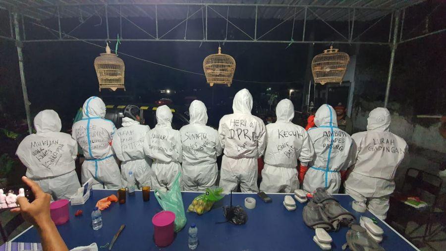 Ketua Senkom Mitra Polri Klaten Menjadi Relawan Pemakaman Jenazah Covid-19