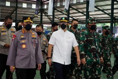 Kapolri, Panglima TNI, dan Menkes Kunjungi Lokasi Vaksin Pondok LDII